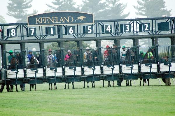 Racing at Keeneland. Photo by Lauren Nethery.
