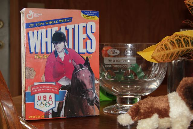 Dorothy Crowell and Molokai gracing the front of the Wheaties box