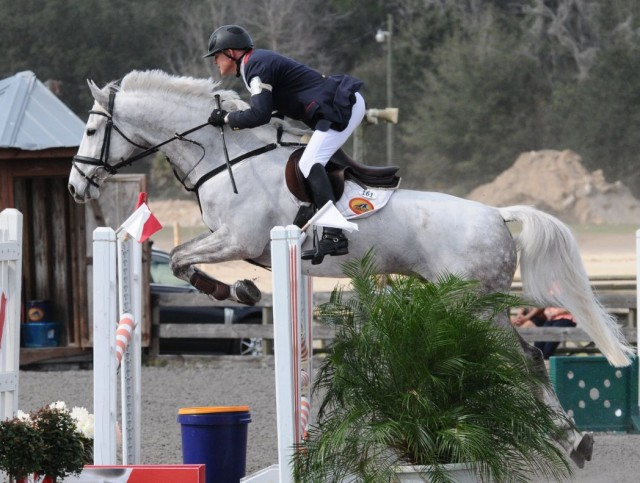Leslie Law and Fernhill Whatever won Open Prelim B. Photo courtesy of Palmer Photo.