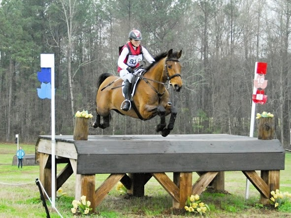 Jessica Phoenix and Abbey GS finished 6th in the CIC3*.  Photo by Ivegotyourpicture.com.