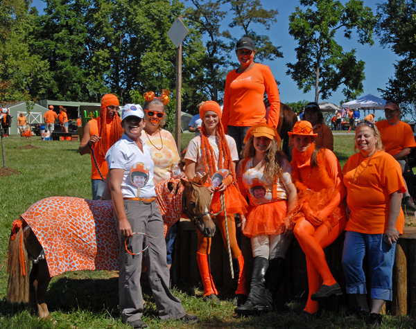 Team Orange! Photo by Sara Lieser