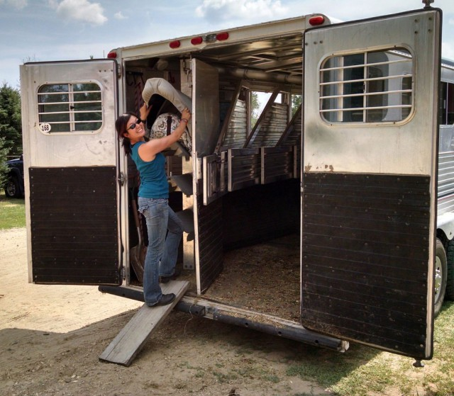 How short people unload their tack. Photo by Sue Goepfert