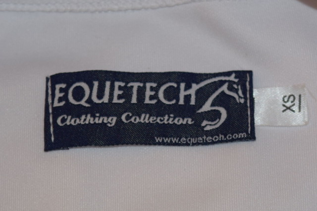 Equetech label on Custom Unisex Cross Country Shirt - Photo by Lorraine Peachey