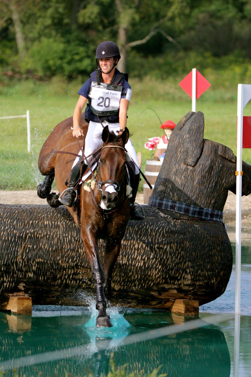 Jenny Caras and Fernhill Fortitude in the Richland CIC2*. Photo by Kasey Mueller.
