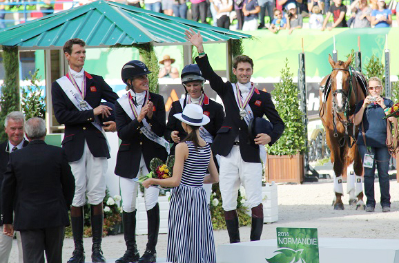 Harry Meade accepts his silver medal. Photo by Leslie Wylie.