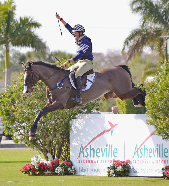 Boyd Martin and Trading Aces at the $15,000 Wellington Eventing Showcase. Photo by Jenni Autry.