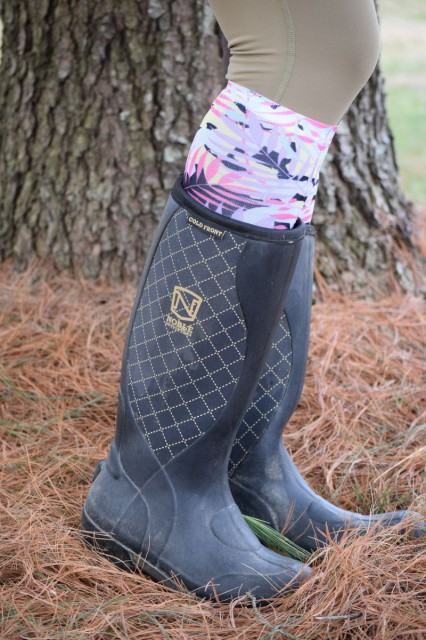 The MUDS Cold Front Boots feature a fleece lining (that is a snazzy looking blackberry color), and also have a 5mm insulating neoprene lining - Photo by Lorraine Peachey