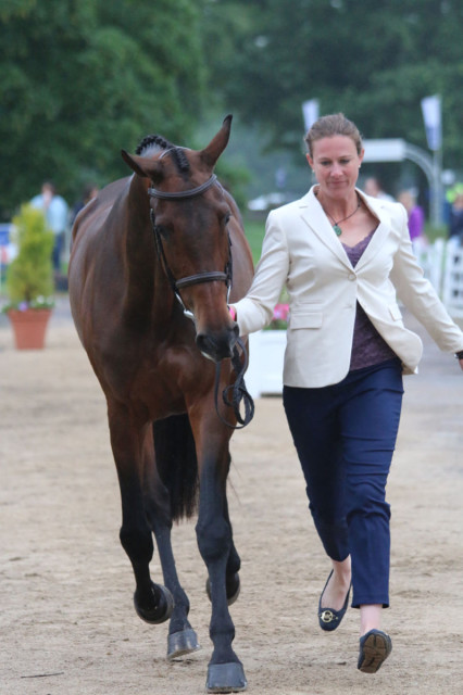 Final Horse Inspection at Bramham CCI3*: no problem for Lauren Kieffer and Team Rebecca's Veronica