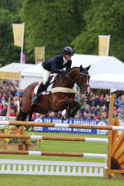 Flora Harris jump clear to win the 2015 Equitrek Bramham CCI3*