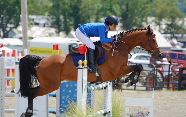 2015 Millbrook PRO 4-Bar winners Jennie Brannigan and Cunotaire V. Photo by Jenni Autry.