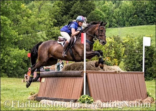 Elissa Gibbs and Fernhill Super Hero. Photo courtesy of Joan Davis/Flatlandsfoto.