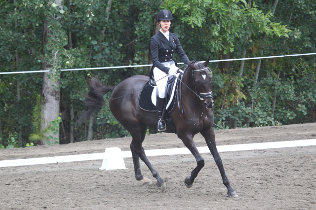Mary Burke and Prince William lead the Aspen Farms Advanced division.  Photo by Tim O'Neil.