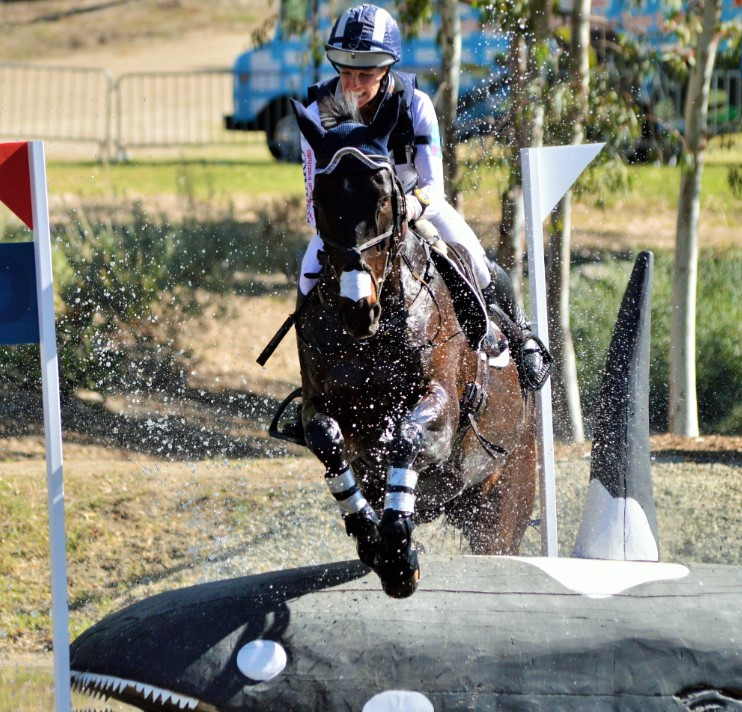Allie Knowles and Sound Prospect get the job done at the final water. Photo by Sally Spickard.