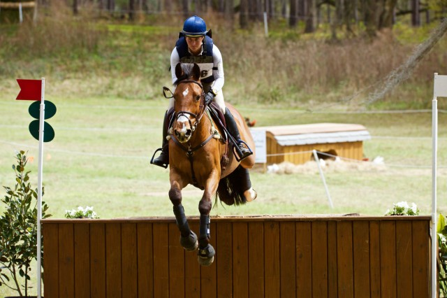 Hannah Sue Burnett and Mary Ann Ghadban's Alonzo III. Photo by Rare Air Eventing Photography.