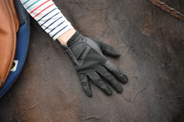 This season, one of the pairs of gloves that have been my riding companion are the Heritage X Country gloves. One of the first things that attracted me to the X Country gloves is the breathable mesh material included in the design...warm weather friendly! Photo by Lorraine Peachey.