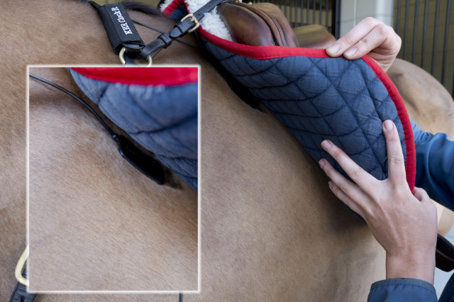 The nodes easily fit under your saddle pad.