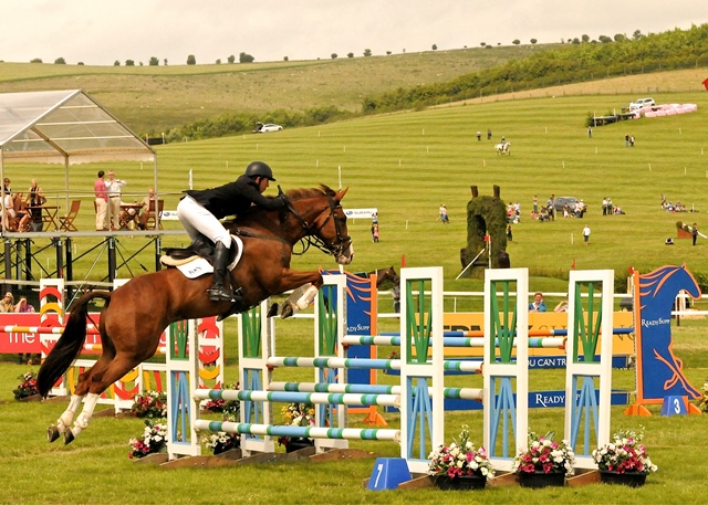 Chap SJ_ Barbury three star David Doel photo by Ian James