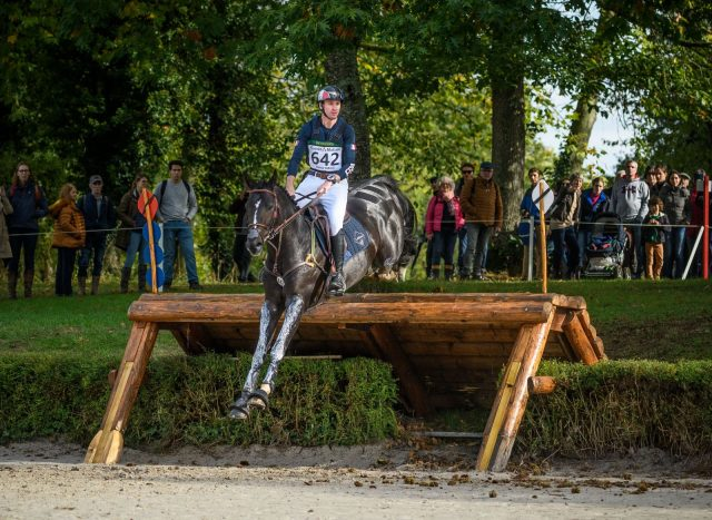 Don't Look Back in Angers: The Le Lion Cross-Country Report