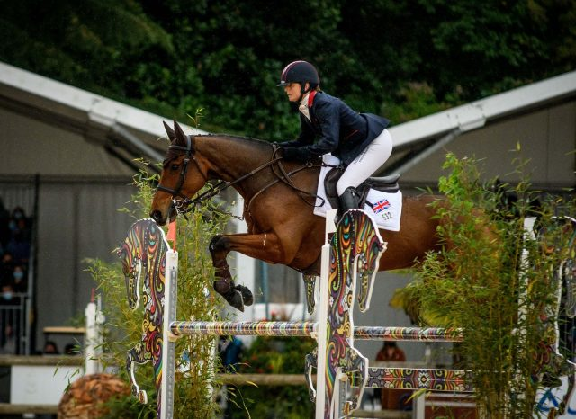 """""""It's What Dreams Are Made Of"""": Laura Collett Takes Wire-to-Wire Pau Victory 