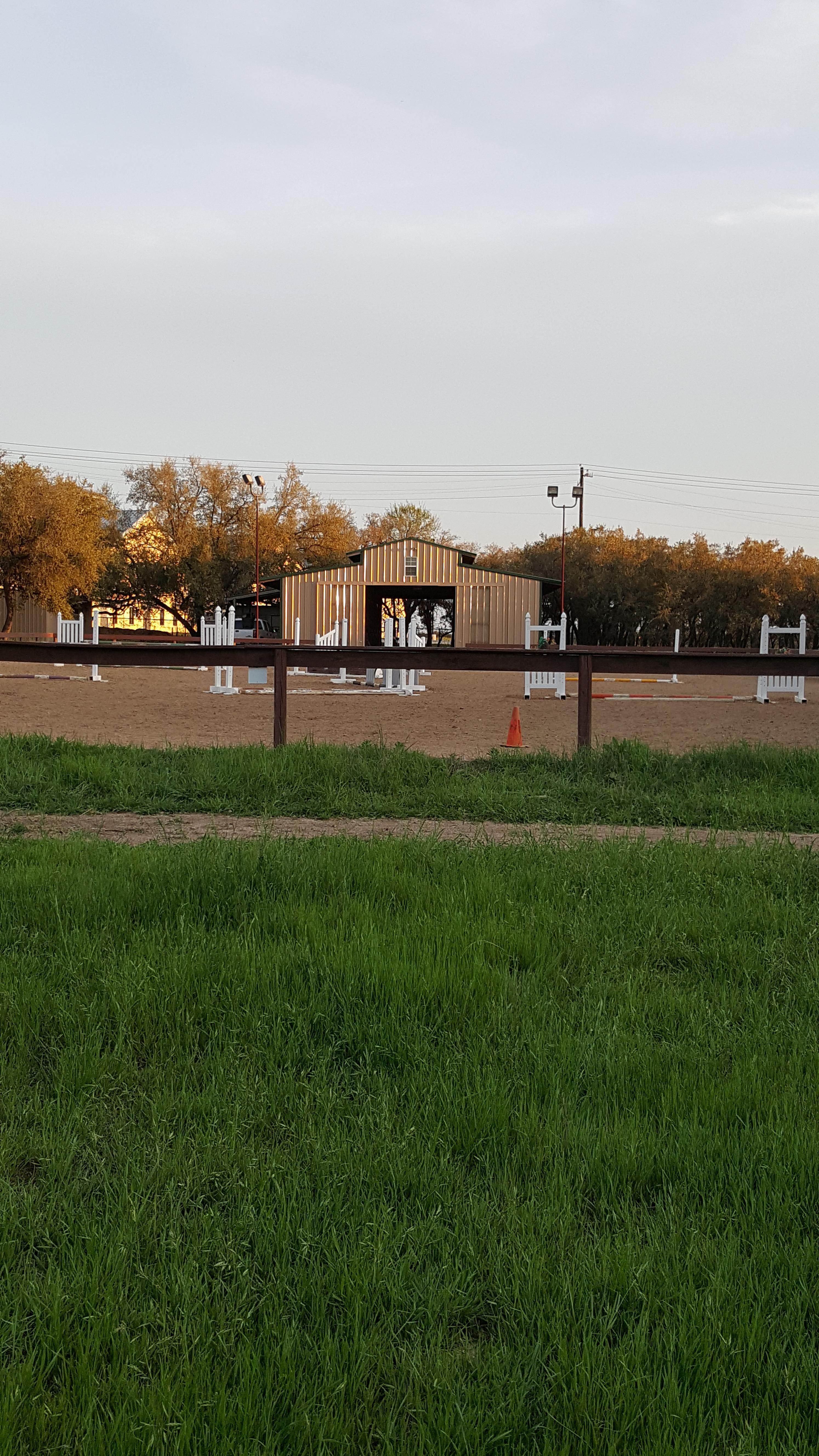 Barn & Arena.jpg